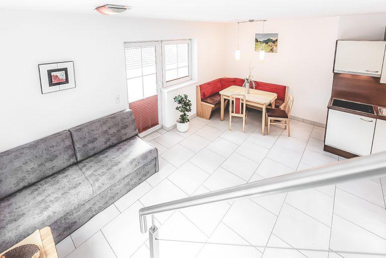 Apart Resort Relax ARR Celina Studio Wasserbett Ötztal Längenfeld Sommer Winter Wohnzimmer mit Balklon
