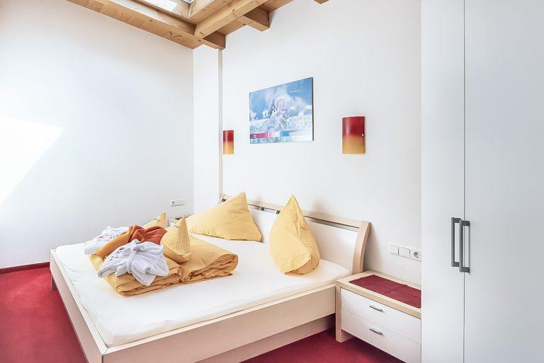 Apart Resort Relax Appartement Laurina Überdachte Terrasse Schlafzimmer 2