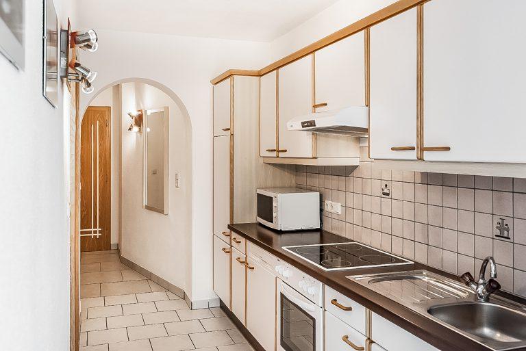 Apart Resort Relax Appartement Rebecca Wintergarten Suite Familie Ötztal Längenfeld Küchenzeile