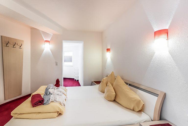Apart Resort Relax Appartement Rebecca Wintergarten Suite Familie Ötztal Längenfeld Schlafzimmer1