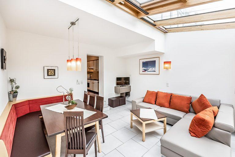 Apart Resort Relax Appartement Rebecca Wintergarten Suite Familie Ötztal Längenfeld Wohnzimmer Wintergarten